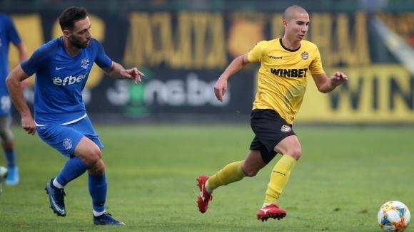 Ботев (Пловдив) очаква своя юноша Димитър Тонев да се завърне