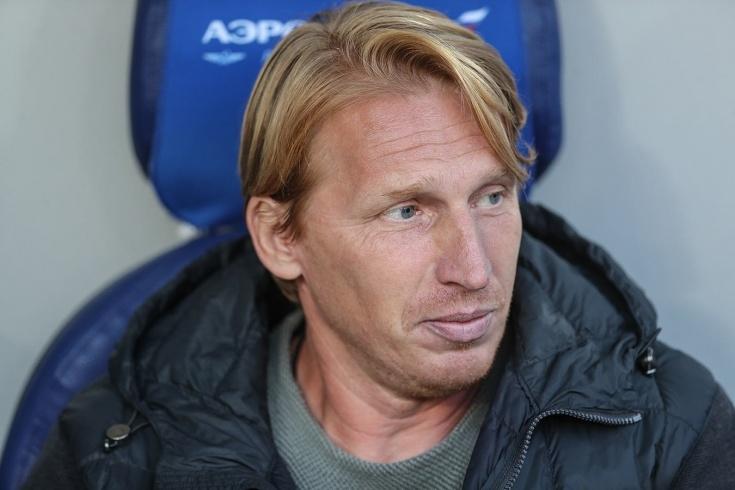 Новакът в руския елит Сочи уволни старши треньора Александър Точилин.