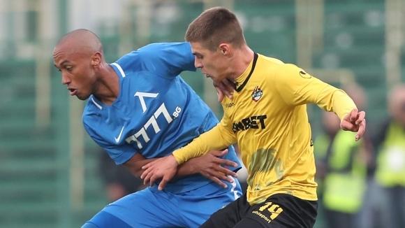 Димитър Тонев се завърна в състава на Ботев (Пловдив). Полузащитникът