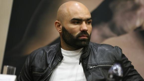 Бившият съперник на Кубрат Пулев - Богдан Дину - ще