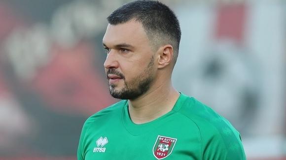 Един от най-известните български футболисти Валери Божинов изрази мнение, че