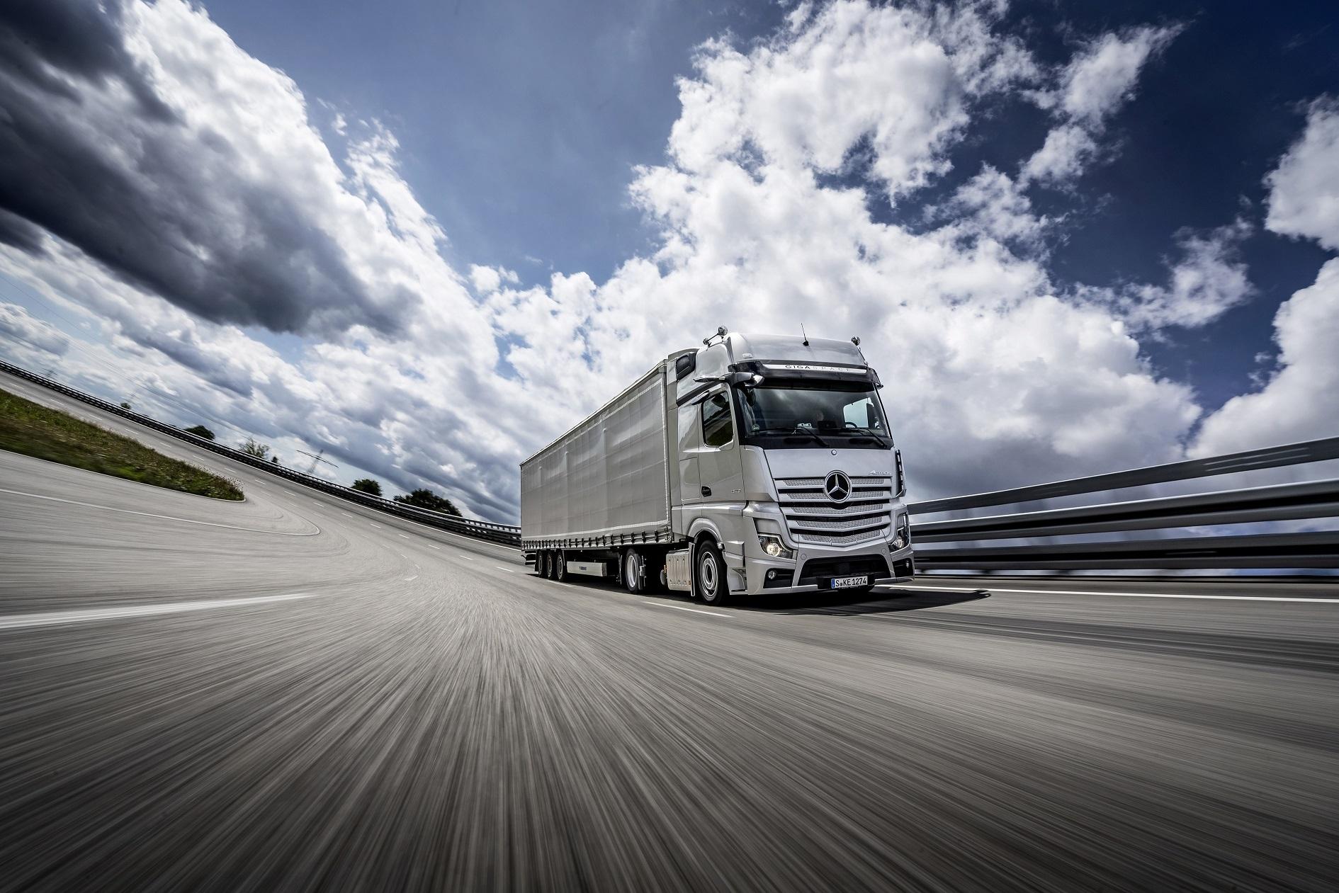 За пети път Камион на годината става Mercedes-Benz Actros. След