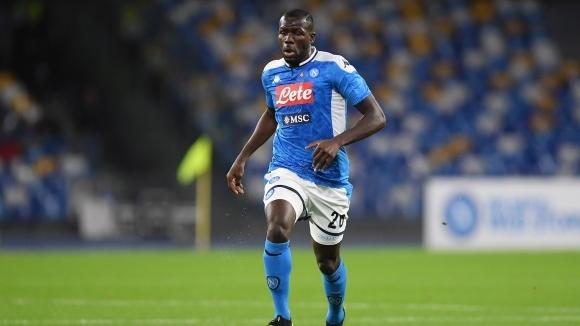 Защитникът на Наполи Калиду Кулибали притесни треньорския щаб. Сенегалецът е