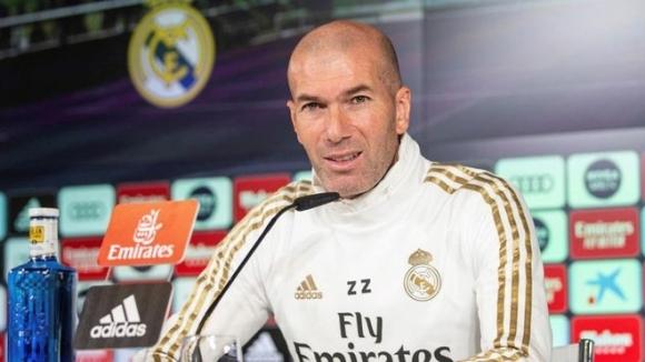 Старши треньорът на Реал Мадрид Зинедин Зидан не изключи да
