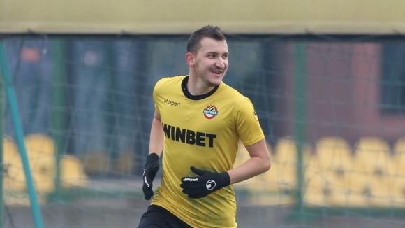 Халфът на Ботев (Пловдив) Тодор Неделев бе доволен от победата