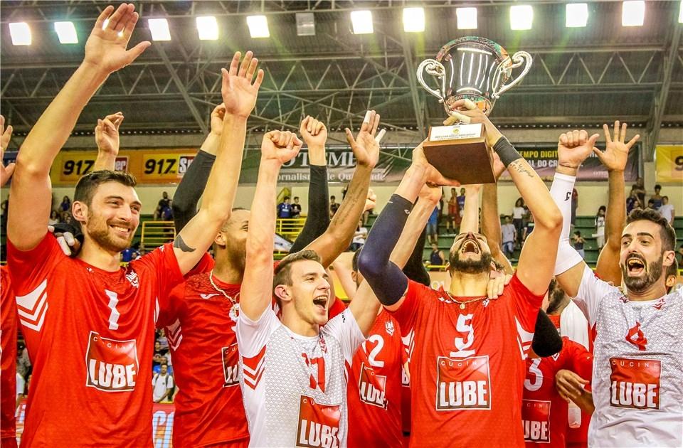 Италианският волейболен гранд Кучине Лубе (Чивитанова) най-накрая спечели титлата от