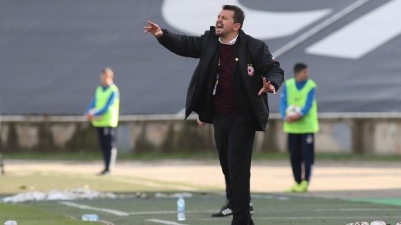 ЦСКА-София ще обяви решението си за бъдещето на треньора Милош