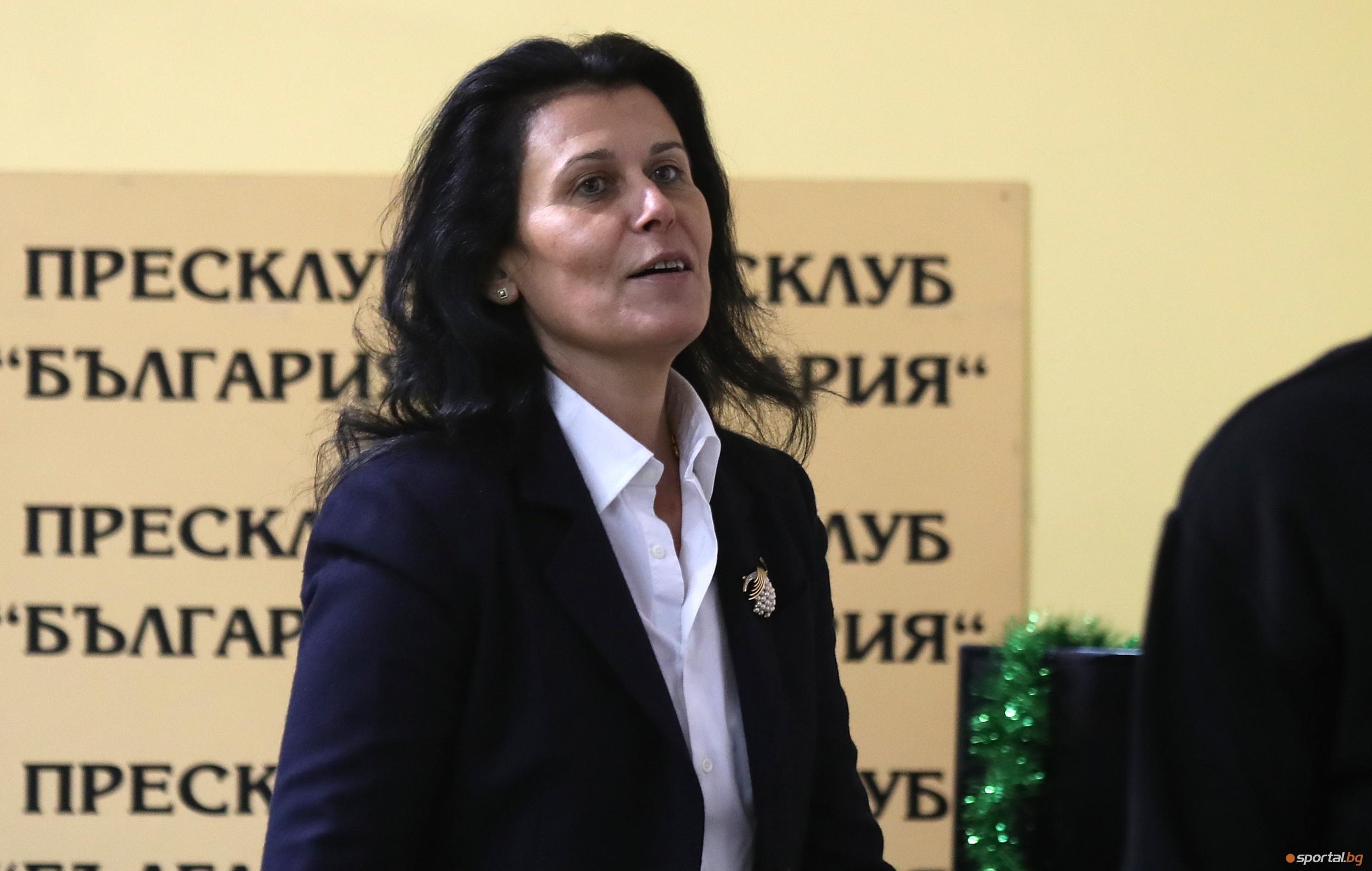Председателят на Националната волейболна лига Мина Николова обяви подкрепата си