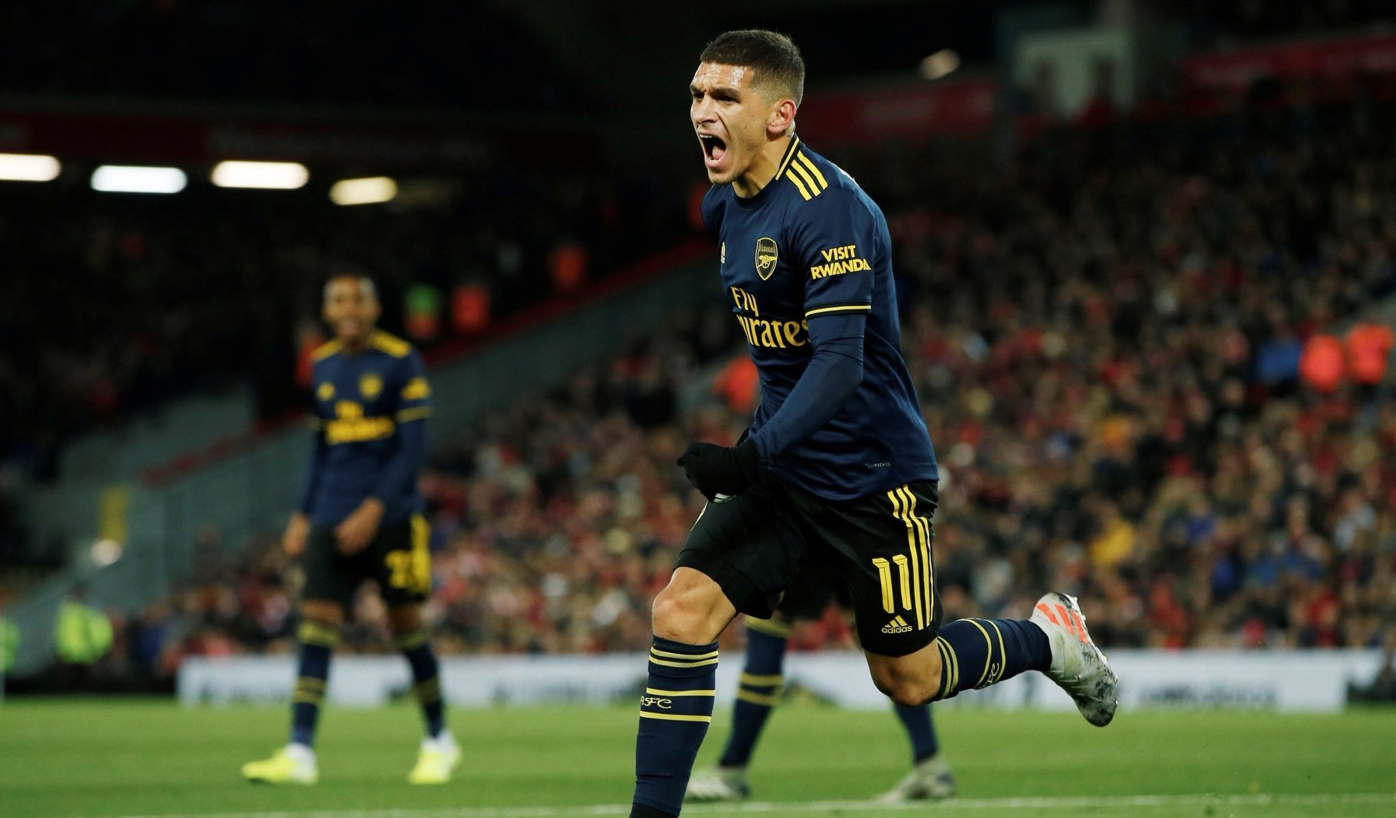 Наполи проявява интерес към полузащитника на Арсенал Лукас Торейра, съобщава