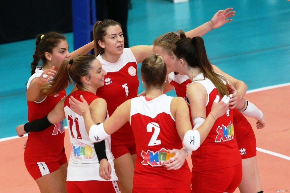 Волейболистките на ЦСКА надиграха много трудно Левски с 3:2 (17:25,