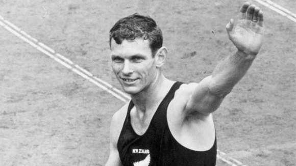 Носителят на три златни олимпийски медала и световен рекордьор на
