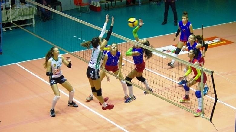 Волейболният отбор на Берое (Стара Загора) завърши с две победи