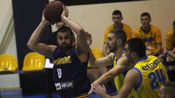 Новият треньор на Ямбол Стойо Чолаков определи първите три четвърти