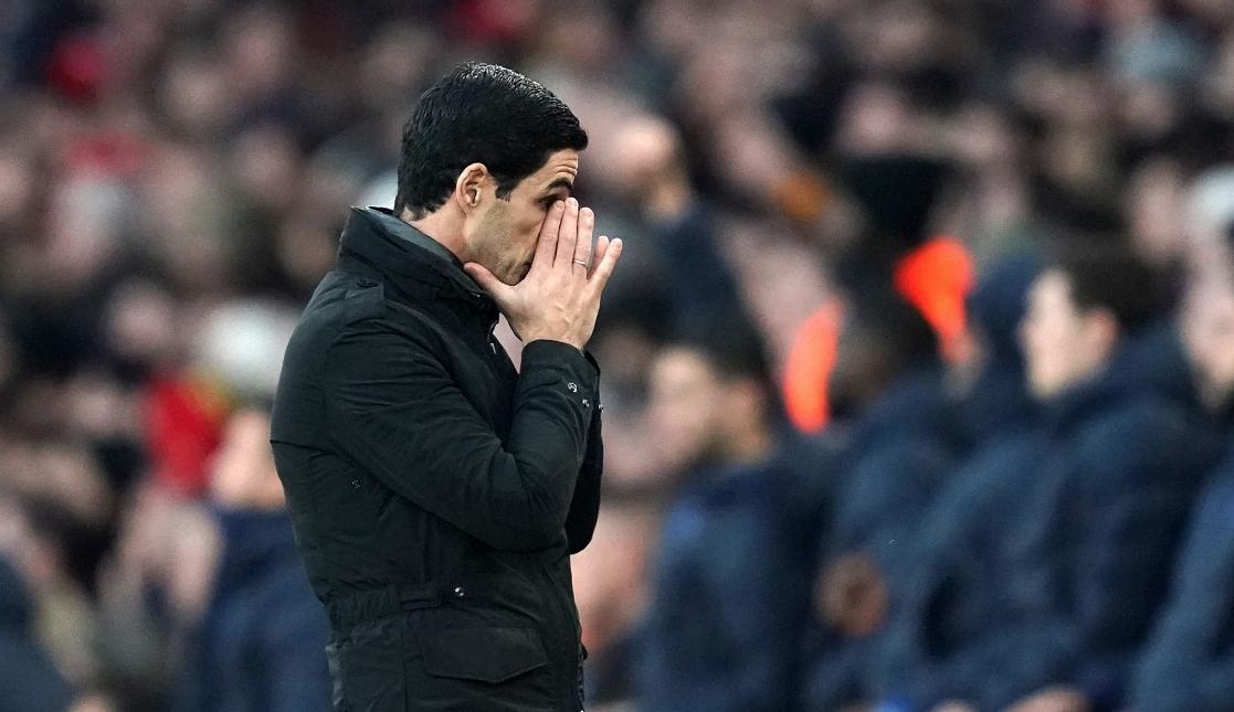 Микел Артета обвини реферите за загубата на неговия Арсенал с