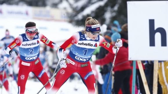 Норвежките скибегачки Ингвилд Флугстад Йостберг, Терезе Йохауг и Хайди Венг