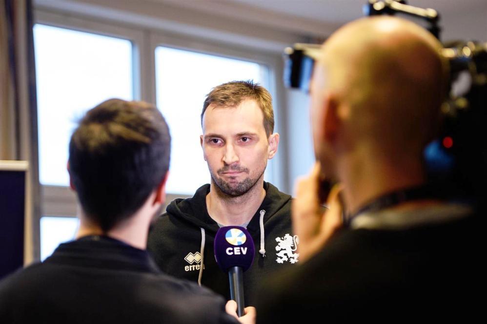 Капитанът на националния ни волейболен отбор Виктор Йосифов заяви на