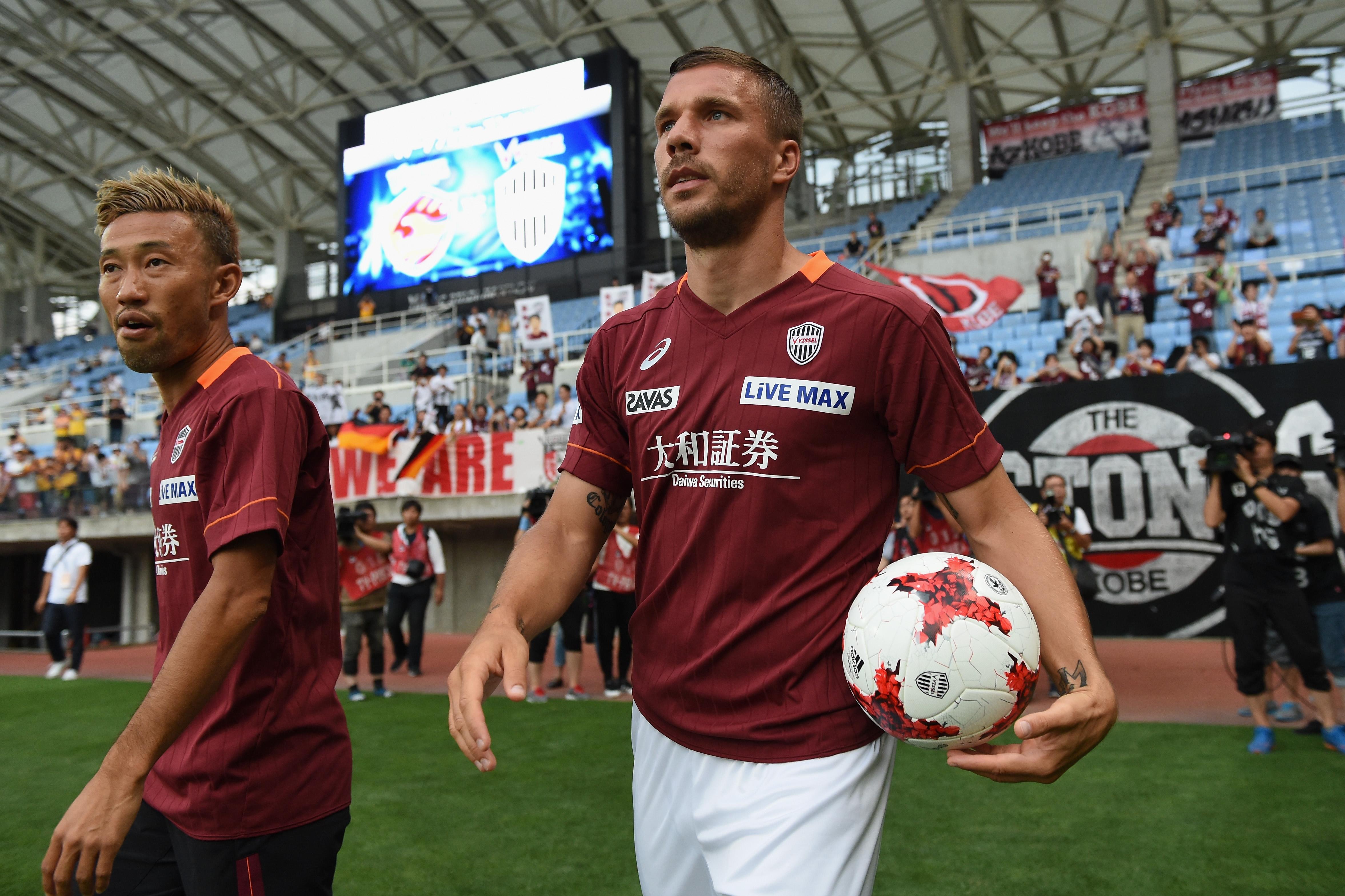 Бившият германски футболен национал Лукас Подолски може да се завърне
