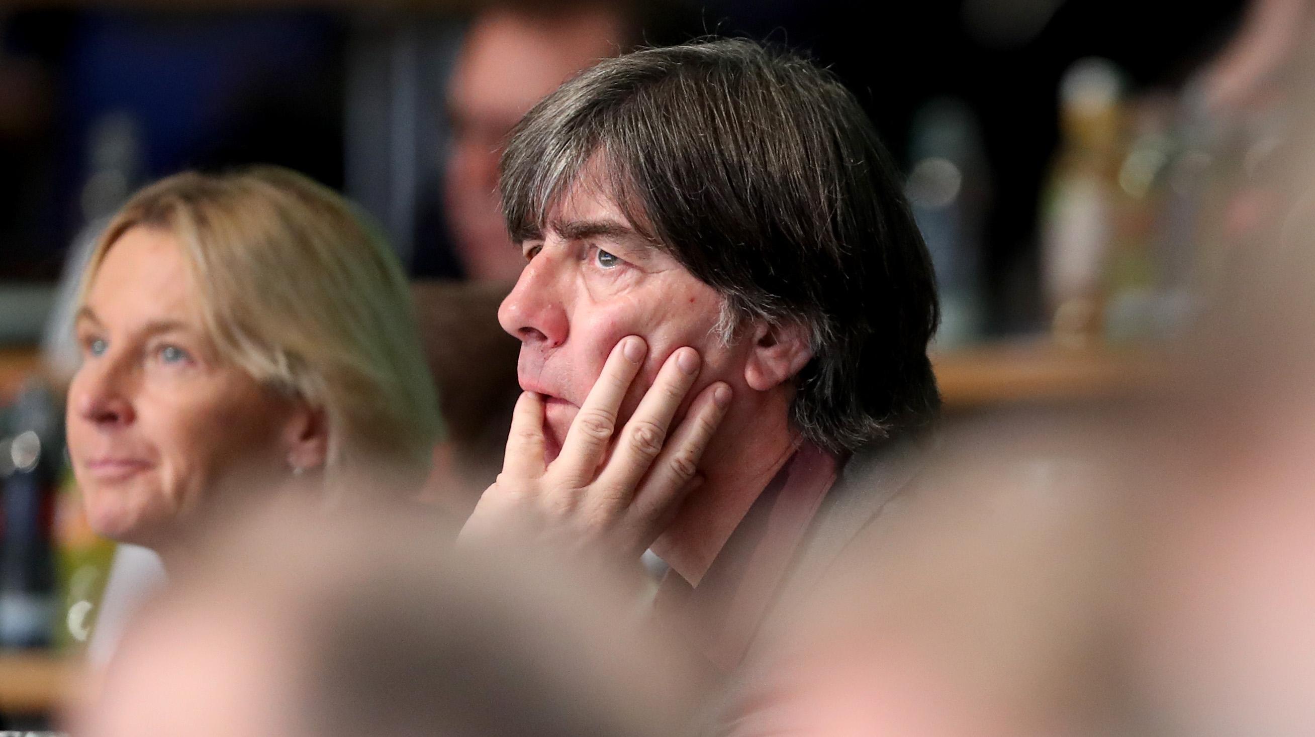 Селекционерът на Германия Йоахим Льов не е ентусиазиран от факта,