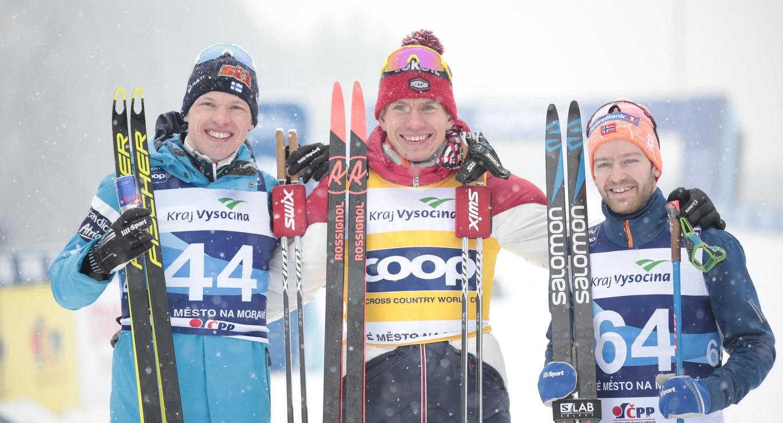 Александър Болшунов спечели интервалния старт 15 километра свободен стил от