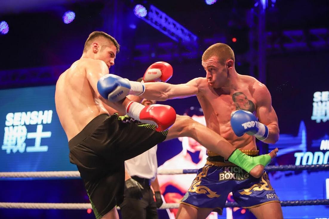 Точно година след дебюта си в международната верига, Корунчев се