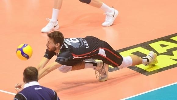 Волейболният национал Розалин Пенчев и неговият Белогорие (Белгород) записаха едва