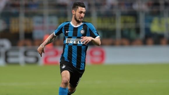 Трансферът на Матео Политано от Интер в Рома все още