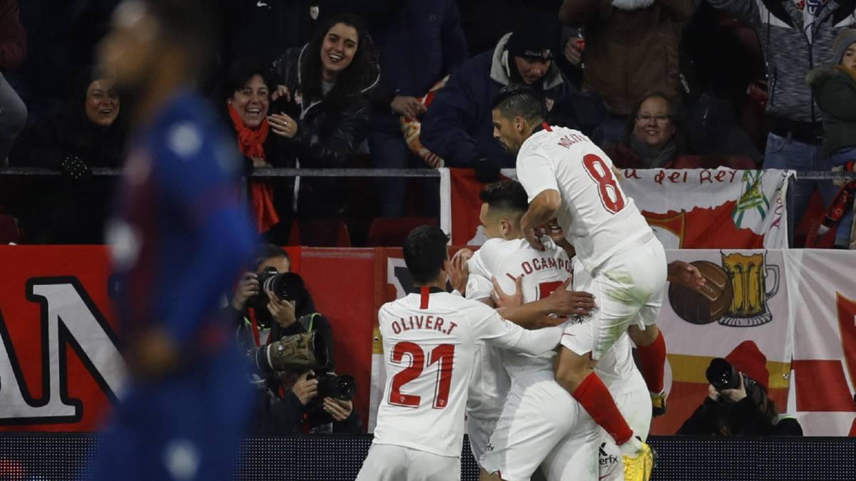 Севиля стана третият отбор, който намери място на 1/8-финала за