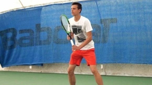 Българският тенисист Симеон Терзиев и партньорът му на двойки Александър
