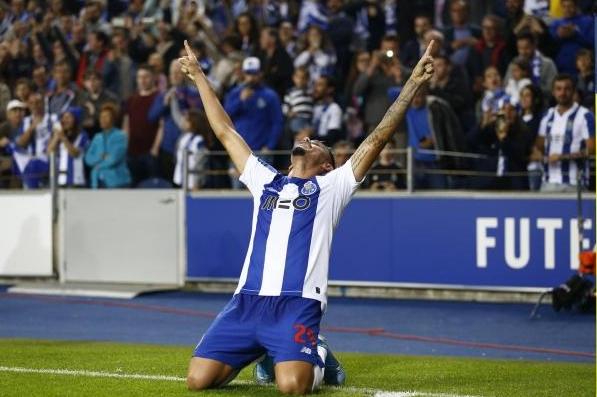 Порто се класира на финала за Купата на лигата в