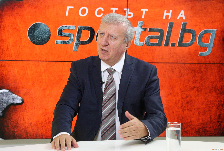 Бившият собственик на ЦСКА проф. Александър Томов взе отношение по