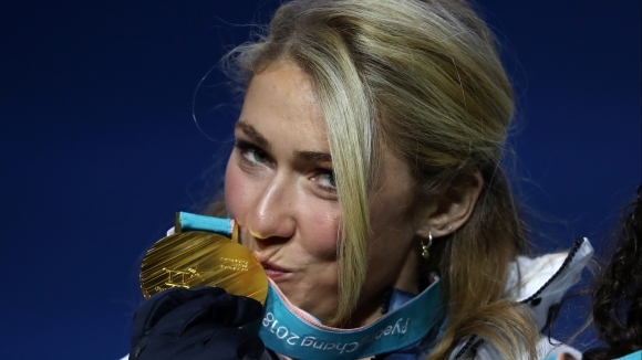 Елитът в женските алпийски ски вече е в България за