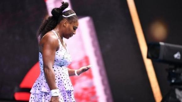 Американката Серина Уилямс сензационно отпадна още в трети кръг на