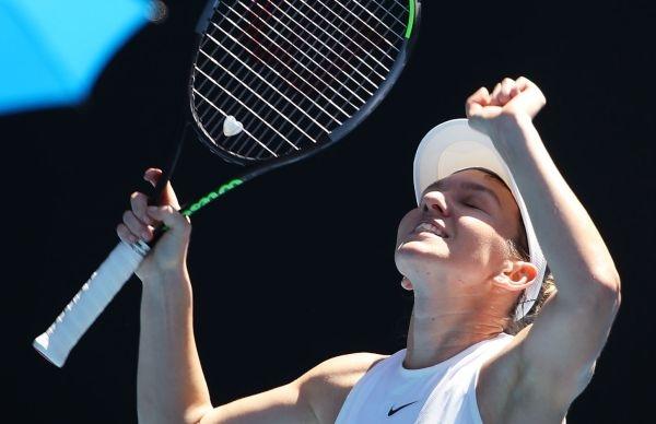 Симона Халеп продължава без загубен сет на Australian Open. Румънката