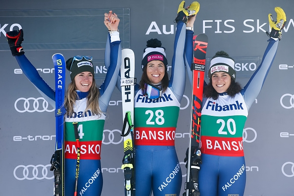 Италианката Елена Куртони спечели днешното спускане в Банско от Световната