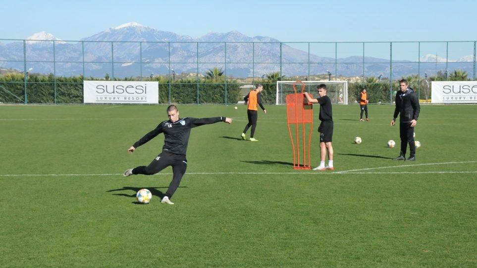 Днес играчите на Берое продължиха своите занимания на лагера в