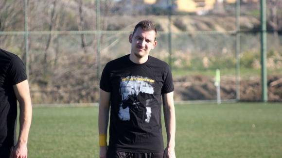 Тодор Неделев получи травма в 13-ата минута на контролната среща