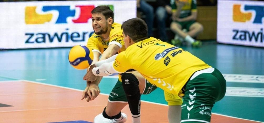 Волейболният национал Николай Пенчев и неговият Алурон Вирту (Заверче) допуснаха