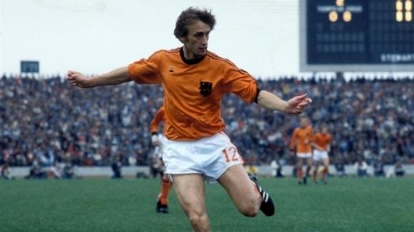 Легендата на нидерландския футбол Роб Рензенбринк почина на 72-годишна възраст,