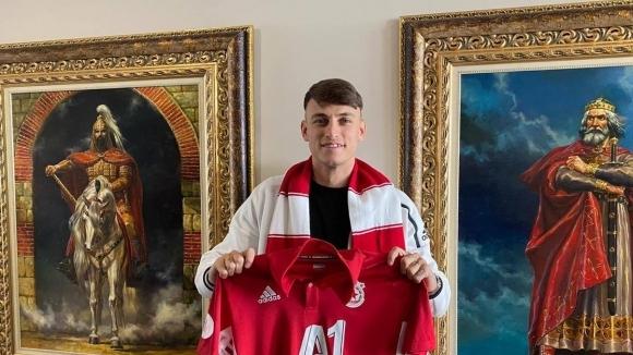 ЦСКА-София финализира трансфера на офанзивния халф Стефано Белтраме от Ювентус.