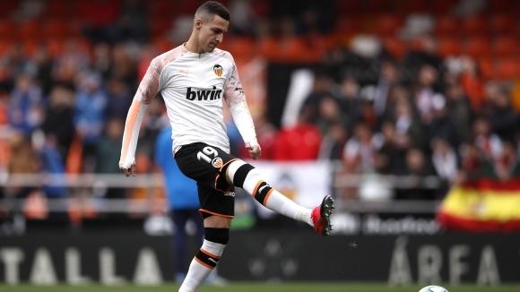 Барселона прекрати преговорите за нападателя на Валенсия Родриго Морено, съобщи