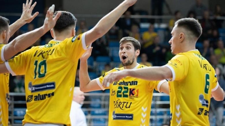 Волейболният национал Николай Пенчев и неговият Алурон Вирту КМК (Заверче)