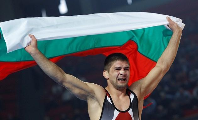 Треньорът на националния отбор по класическа борба Армен Назарян постави
