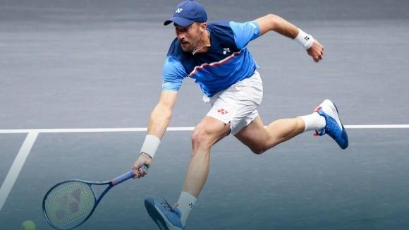 Стив Джонсън (САЩ) отстрани сънародника си Тенис Сандгрен с 6:7