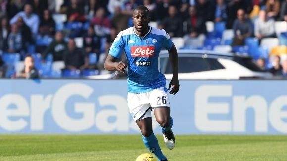 Защитникът на Наполи Калиду Кулибали през лятото ще премине в