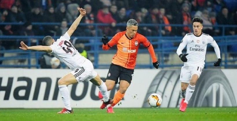 Украинският Шахтьор (Донецк) стигна до 1/8-финалите на Лига Европа, след