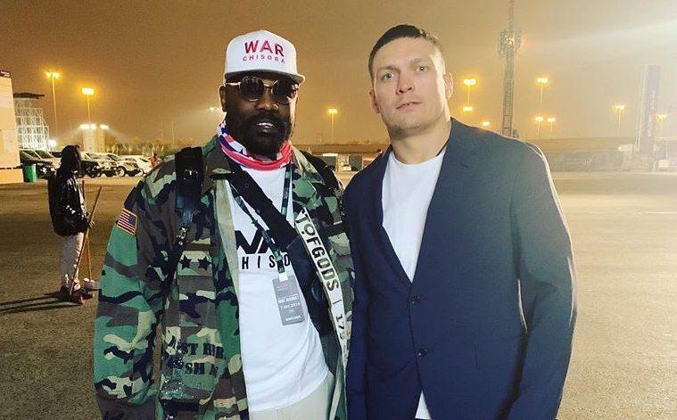 Мачът в тежката категория на професионалния бокс между украинеца Александър