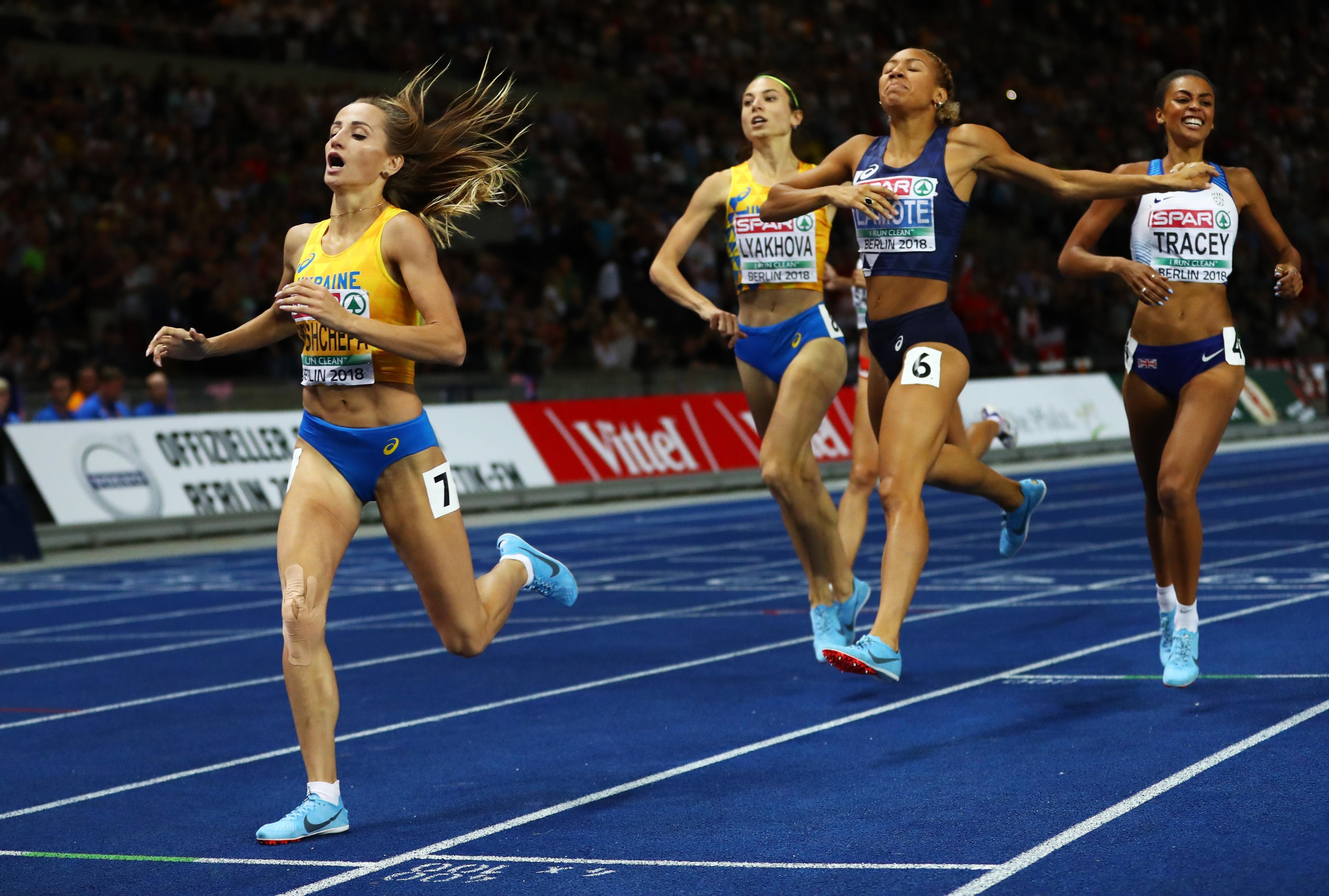 Правата на двукратната европейска шампионка в бягането на 800 метра