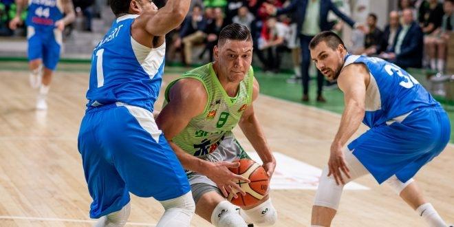 Николай Стоянов вече е част от отбора на Берое. Играчът
