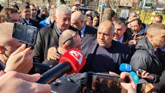 """Премиерът Бойко Борисов пристигна на """"Колежа"""" в компанията на президента"""