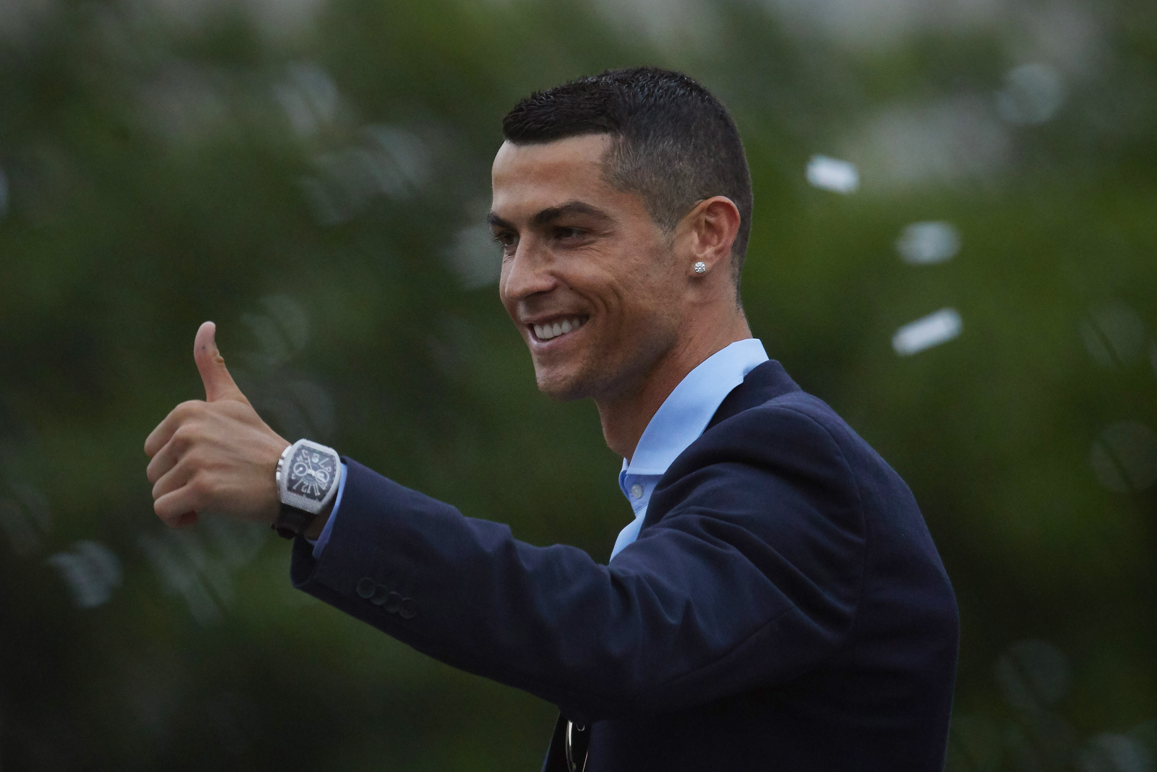 Кристиано Роналдо иска да се завърне в Реал Мадрид, разкри
